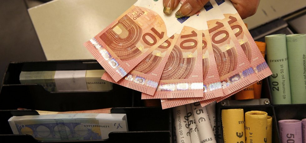 Ekonomika eurozóny rostla nejrychleji za deset let