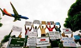 Protest proti Uberu a Lyftu v Los Angeles