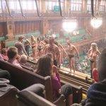 Akce skupiny Extinction Rebellion v britském parlamentu