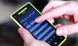 Mobilní bankovnictví, ilustrační foto