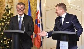 Premiér České republiky Andrej Babiš se svým slovenským protějškem Robertem Ficem