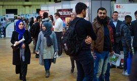 Integrace uprchlíků v Německu vázne. Blokují ji úředníci i chyby politiků