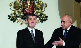 Jistě, páni premiéři. Bulharský předseda vlády Bojko Borisov obvinil z předražování elektřiny distribuční společnosti ovládané ČEZ, další českou společností Energo-Pro a rakouským EVN. Proč se jeho český protějšek Andrej Babiš staví na jeho stranu a napadá vedení ČEZ?
