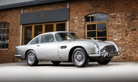 Legendární Aston Martin DB5
