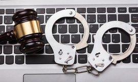 Česko vydalo údajného ruského hackera Nikulina, ilustrační foto