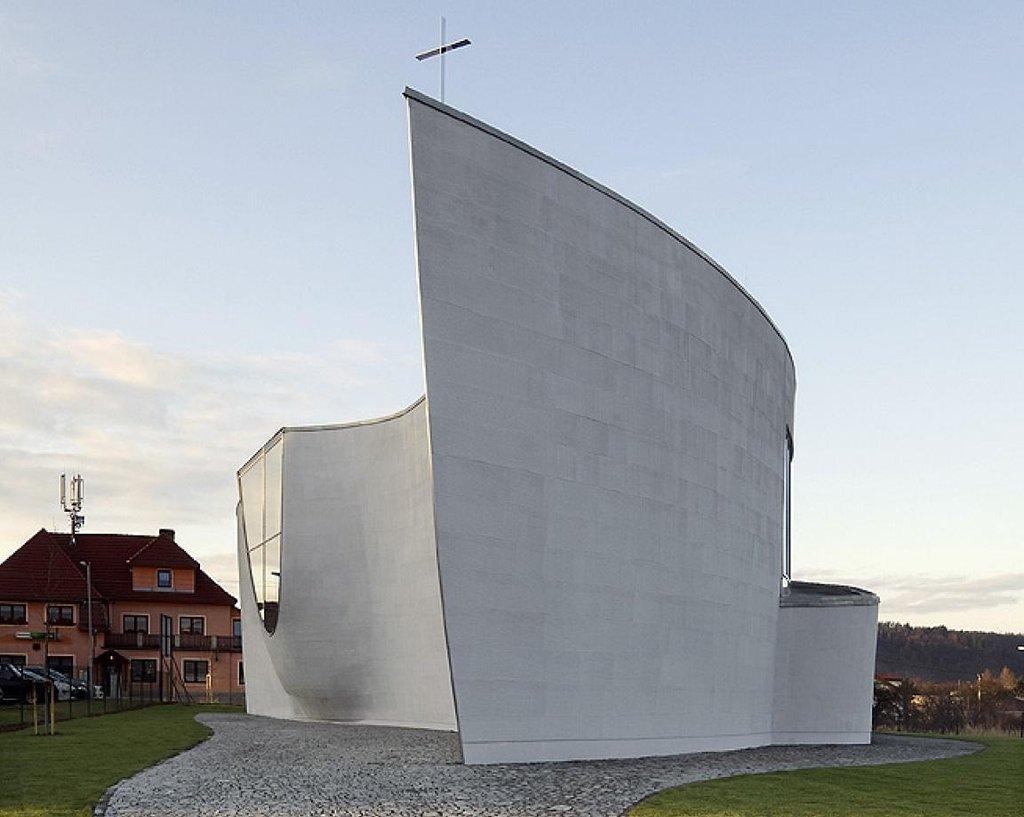 Kostel v Černošicích