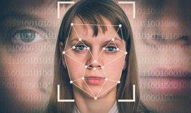 Brusel zvažuje dočasný zákaz technologií rozpoznávání obličeje. Google souhlasí, Microsoft je proti