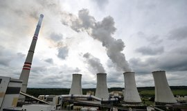Elektrárna Chvaletice loni výrazně zvýšila emise škodlivin, tvrdí organizace Arnika