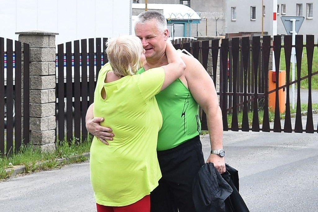Na svobodu se Kajínek dostal po 23 letech.