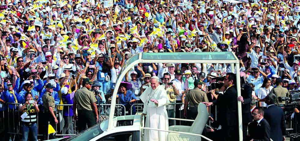 Papeže Františka čekalo při cestě po Jižní Americe silně prořídlé stádo.