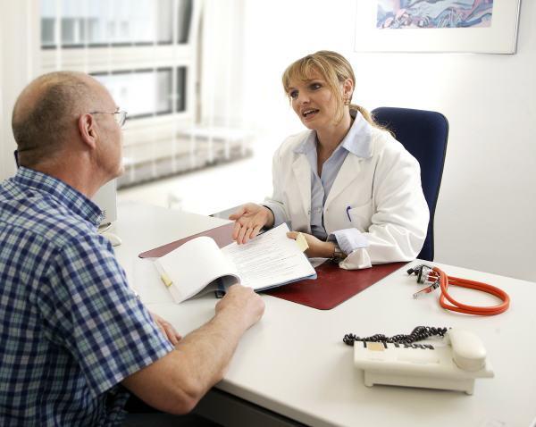 lékařka, pacient, praktik, ordinace