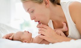 Porodné - ilustrační foto