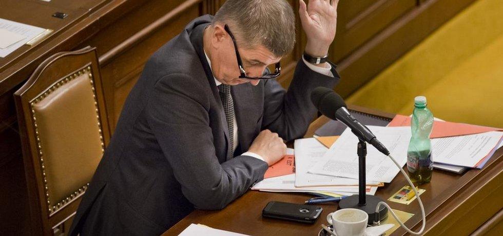 Ministr financí Andrej Babiš na mimořádné schůzi Sněmovny ke schvalování elektronické evidence tržeb.