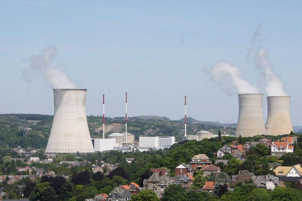 Elektrárna Tihange v Belgii u německých hranic.