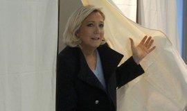 Le Penová v eurovolbách porazila Macrona, v Německu vyhrála CDU/CSU