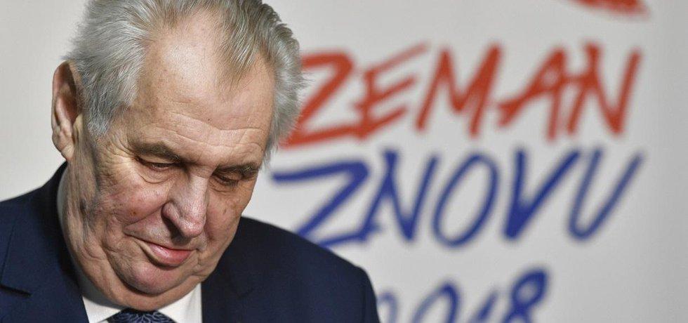 Češi jsou prezidentem Milošem Zemanem unaveni, píše zahraniční tisk