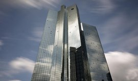 Centrála Deutsche Bank v bankovní čtvrti německého Frankfurtu