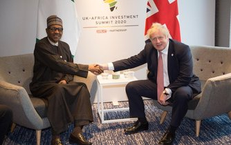 Prezident Nigérie Muhammadu Buhari a britský premiér Boris Johnson