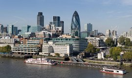 London financial district (Diliff via wikimedia commons CC BY-SA 3.0)