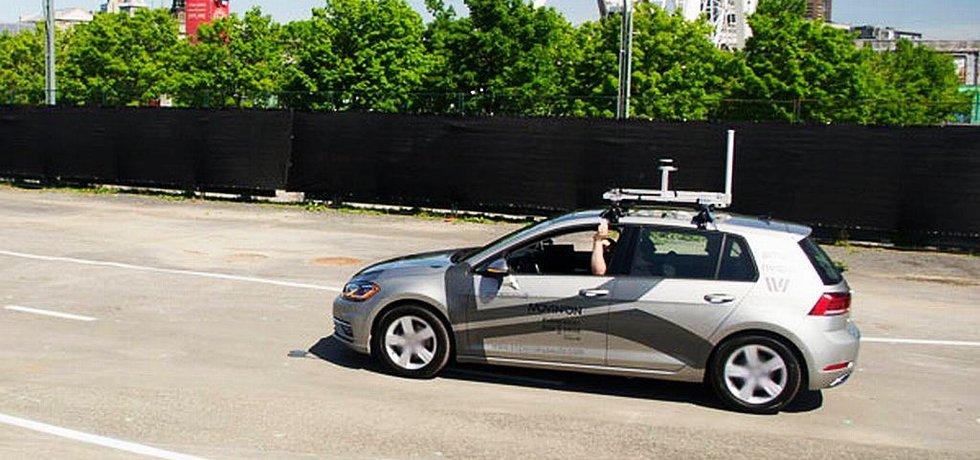 VW Golf předělaný firmou Kopernikus Automotive na samořídící vůz