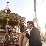Mladé páry z Asie chtějí mít krásné fotky ve svatebním například z Paříže.