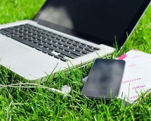 Vesnice v rychlosti připojení k internetu stále zaostává za městem