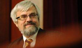 Předseda Nejvyššího soudu Šámal bude kandidovat na ústavního soudce. Přijal Zemanovu nabídku