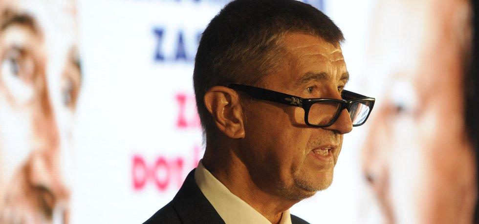 Předseda hnutí ANO Andrej Babiš představuje volební program