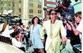 Monika Lewinská, královna všech stážistek, stála amerického prezidenta Billa Clintona spoustu peněz