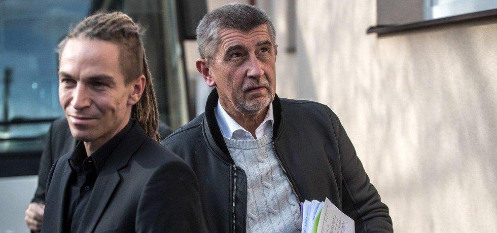 Šéf Pirátů Ivan Bartoš a předseda hnutí ANO Andrej Babiš