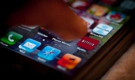 Netflix vyslyšel kritiku od Morawieckiho. Změní mapy ve filmu o strážci v táboře smrti