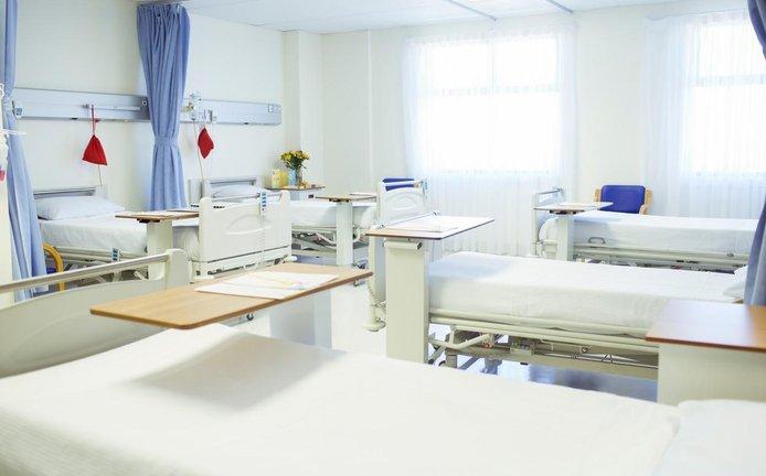 Nemocniční lůžka - ilustrační foto