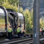 Požár vlaku ICE 3 poškodil také okolní trať.