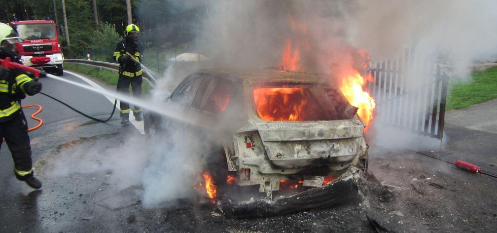 Škoda Fabia R5, která shořela v sobotu