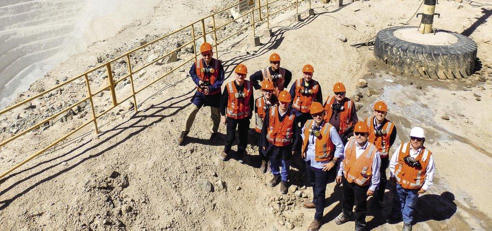 V roce 2017 navštívila desítka českých firem a institucí největší povrchový důl na světě Chuquicamata v Chile. Důl prochází transformací na důl hlubinný