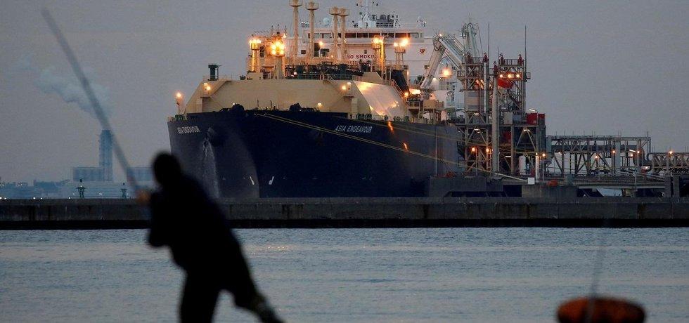 Katar ohromně zbohatl díky tomu, že v druhé polovině 90. let mohutně investoval do plynu.
