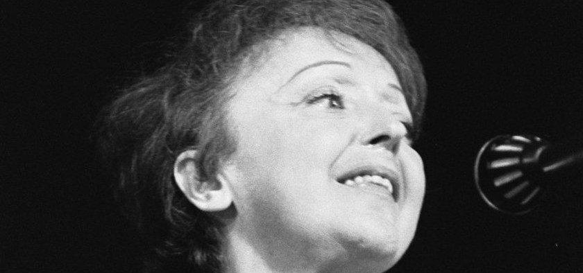Francouzská šansoniérka Edith Piaf