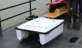 Mechanický vodní dron jihoafrické společnosti Ran Marine bude čistit největší evropský přístav v nizozemském Rotterdamu