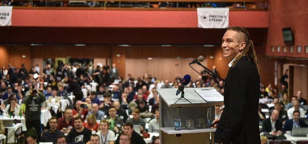 Předseda Ivan Bartoš na pirátském fóru v Táboře