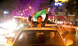 Íránci oslavují uzavření dohody o jaderném programu