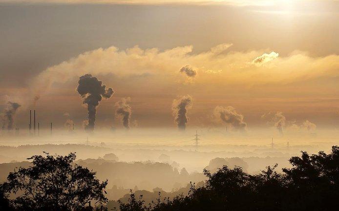 znečištěné ovzduší, ilustrační foto