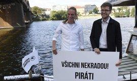 Ivan Bartoš a Jakub Michálek při startu předvolební kampaně