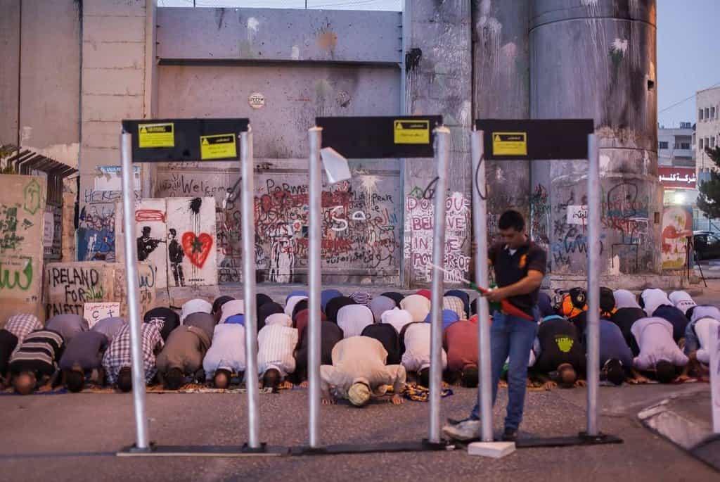 Muslimové dosáhli svého, detektory kovů od Chrámové hory zmizí