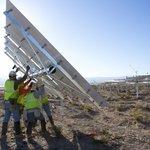 Největší solárně-termální elektrárna na světě je blízko hranice mezi státy Kalifornie a Nevada