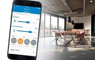 Mobilní aplikace pro nastavení světla a klimatizace v kanceláři od firmy Sharry Europe.