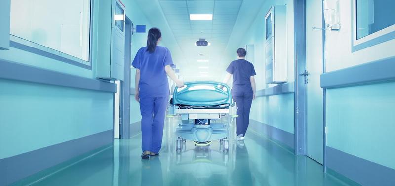 chodba, sestra, lékařka