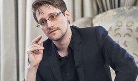 Snowden vydává memoáry. Vysvětluje v nich, proč riskoval svobodu kvůli vyzrazení tajných dat