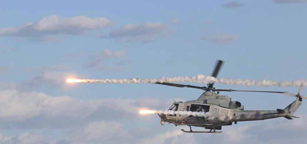 Vrtulník UH-1Y, který je předmětem tendru