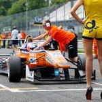 Grid girls už na Formuli 1 neuvidíte