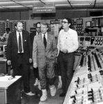 Americký prezident Jimmy Carter navštívil elektrárnu Three Mile Island několik dní po havárii v roce 1979, aby uklidnil americkou veřejnost.